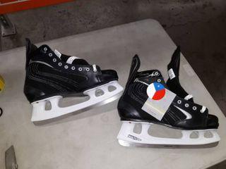 Draft 281 Ice Skates size 15