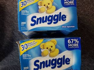 Snuggle Fabric Softener Dryer Sheets  200 Count  2 pack