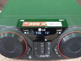 lG CKM4 XBOOM 300W Hi Fi Shelf System with BT Connectivity
