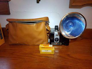 KODAK BROWNIE HAWKEYE Camera Flash Model  Very Clean  in Brown Bag