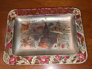 Los Angeles Souvenir Ashtray Location Mantel