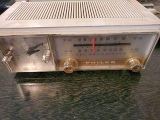 Vintage Philco Clock Radio  Untested