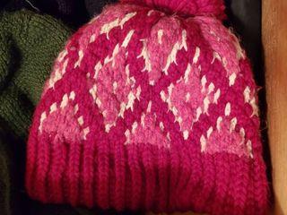 lot of Winter Scarves   Gloves   Hats