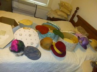 lot Of Various Vintage Women s Hats