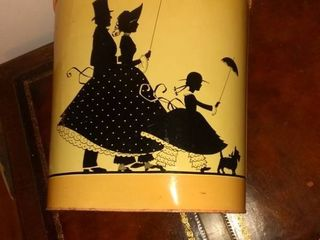 Nicely Decorated Tin Retro Waste Paper Basket