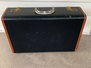 Great leather Suitcase With lucite Handle U S  Trunk Co  location Spare