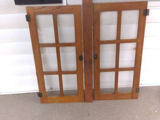 Vintage 6 Payne Cabinet Doors With Joining Slat In Excellent Condition up