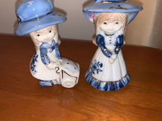 Two Little Blue and White Porcelain Girls Location Mantel