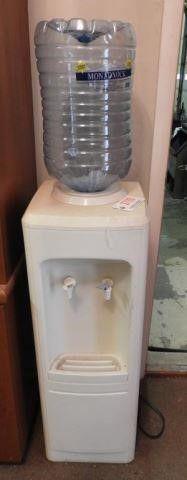 Lot #3790 -Electric water cooler/dispenser