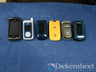 (6) Flip phones lot inc-