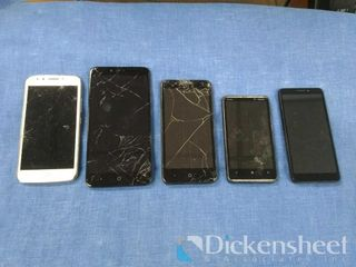 Lot of (5) smart phones-