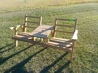 2-person bench seat with center table
