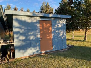 8'X12' Shed. Slant metal roof ; aluminum siding ;