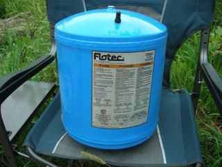 Flotec In-Line Water System Tank