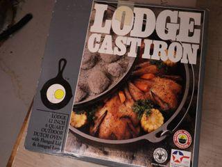 Lodge Cast Iron 6 Quart