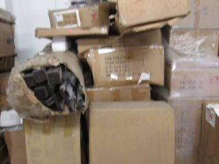 Pallet of Furniture: Damaged or Mis...