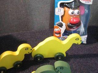 Dinosaur Family, Mr. Potato Head W2...