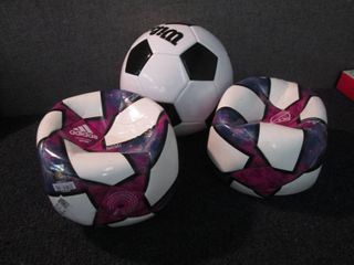3 out of box Soccer Balls W3...