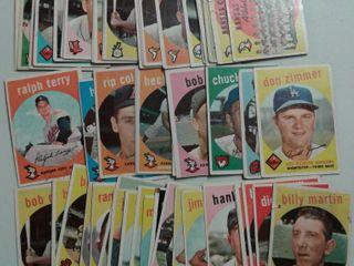 Huge lot of 1959 Topps Baseball Cards