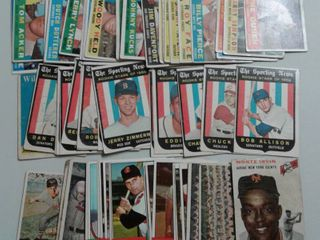Huge lot of 1950 s and 1960 s Topps Baseball Cards