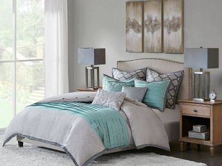 Hampton Hill Tranquility Oversized   Overfilled Comforter Set Includes Euro Shams and Decorative Pillows  Retail 246 99