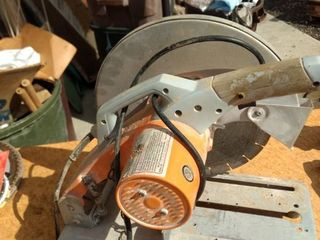 Chicago power tools 14 in cut off saw working