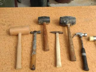 mixed lot of seven hammers