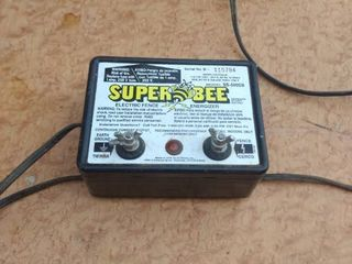 working super Bee fence charger