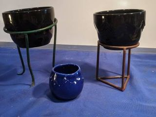 two flower pots on stand and a little flower pot