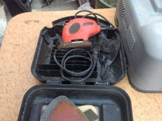 working Black & Decker mouse sander polisher