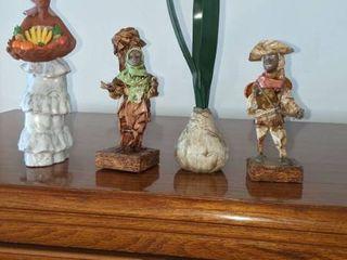 people figurines