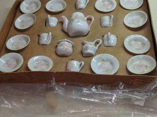 doll tea set