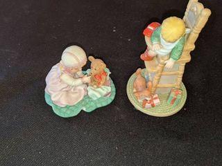 treasure memories two figurines
