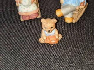 three bears figurine