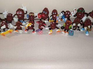 California raisin figurines