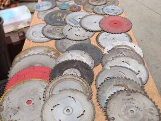 48 mixed saw blades some new some used