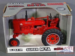 Ertl Super M-TA 1/16 Farmall Die Cast Tractor.