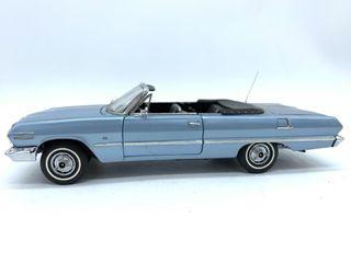 1963 Chevrolet Impala Convert Die Cast Repli ca
