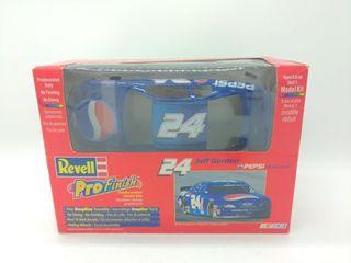 Jeff Gordon Pepsi Monte Carlo Model Kit
