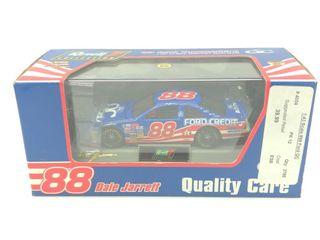 #88 Dale Jarrett '97 Ford Thunderbird