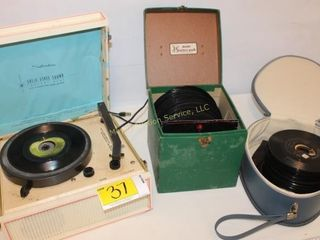 Vintage Silvertone Player & collection of 45's