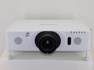 Hitachi CP-WU8440 Projector