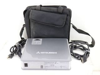 Mitsubishi XL5U LCD Projector