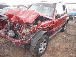 2005 Jeep Liberty 1J4FK48185W646202 Red