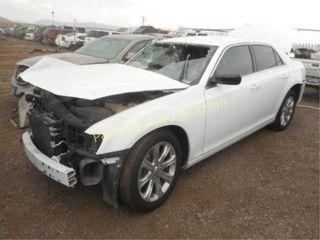 2013 Chrysler 300s 2C3CCAGG2DH596294 White