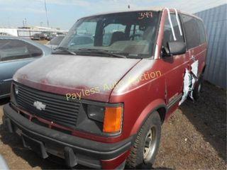1992 Chevrolet Astro 1GNDM19Z4NB145087 Red