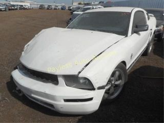 2006 Ford Mustang 1ZVFT80N565112832 2DR