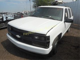 1996 Chevrolet Tahoe 1GNEK13RXTJ357191 4DSW