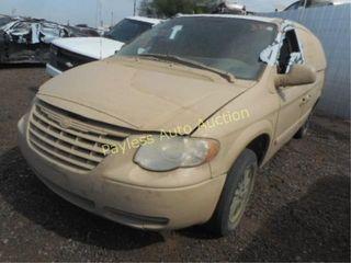 2005 Chrysler Town & Country 2C4GP54LX5R567826 VAN