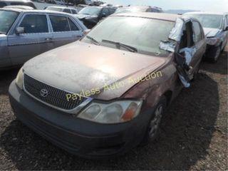 2000 Toyota Avalon 4T1BF28B4YU009423 Red